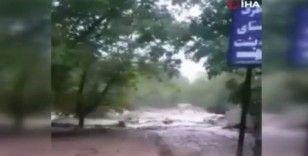 İran'ı sel vurdu: 1 ölü, 4 kayıp