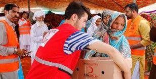 Pakistan'daki Türk kurumları ve sivil toplum örgütlerinden ihtiyaç sahiplerine kurban yardımı