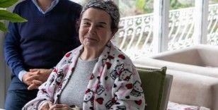 Bodrum'da rahatsızlanan sanatçı Fatma Girik hastaneye kaldırıldı