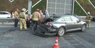 Yenikapı'da zincirleme kaza: 1 yaralı