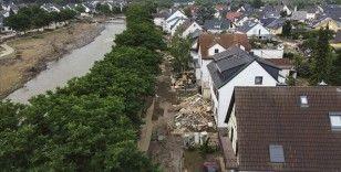 Almanya'da sel felaketinden etkilenen bölgelere yaklaşık 400 milyon avro acil yardım yapılacak