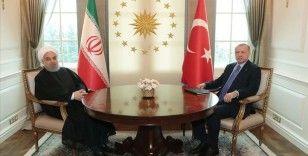 Cumhurbaşkanı Erdoğan, Hasan Ruhani ve Şefik Caferoviç ile telefonda görüştü