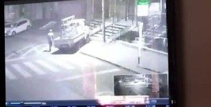 Ataşehir'de çalınan kamyonet güvenlik kameralarına yansıdı