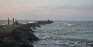 Denizde kaybolan şahsı arama çalışmalarına ara verildi