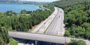 Anadolu Otoyolu'nda Kurban Bayramı dönüşü akıcı yoğunluk yaşanıyor