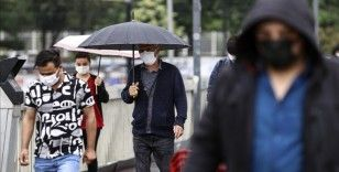 İstanbul'un bazı ilçelerinde yağmur etkili oluyor