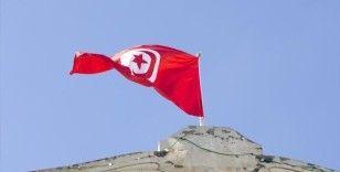 Tunus Cumhurbaşkanlığı, Meclis yetkilerini dondurma kararının 30 gün geçerli olacağını duyurdu