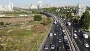 Bayram tatili sonrası ilk mesai gününde TEM'de trafik yoğunluğu