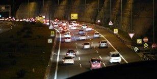 Bolu Dağı Tüneli'nden bayram tatilinde yaklaşık 865 bin araç geçti