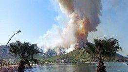 Marmaris yangını turistik alanlara sıçradı, İşte o görüntüler