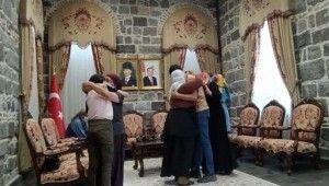 HDP önünde eylem yapan 31 aile evladına kavuştu