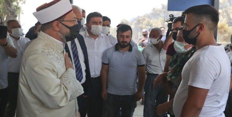Diyanet İşleri Başkanı Erbaş'tan orman yangınında hayatını kaybeden çiftin yakınlarına taziye ziyareti
