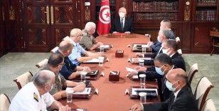 Tunus Cumhurbaşkanı Said'in yeni süreçle ilgili yol haritasını açıklamaması endişe yarattı