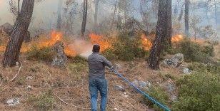 Seydikemer yangını rüzgarın şiddeti ile büyüyor