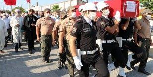 Manavgat'taki orman yangınında yaşamını yitiren Yaşar Cinbaş için Manisa'da tören düzenlendi