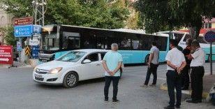 Gündoğmuş'ta ilçe merkezine yaklaşan alevler kontrol altına alındı