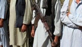 Afganistan'ın üç büyük kentinde Taliban ile çatışmalar devam ediyor