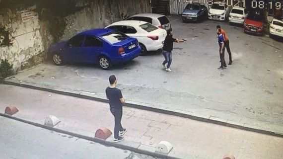 Beyoğlu'nda cinayet anları kamerada