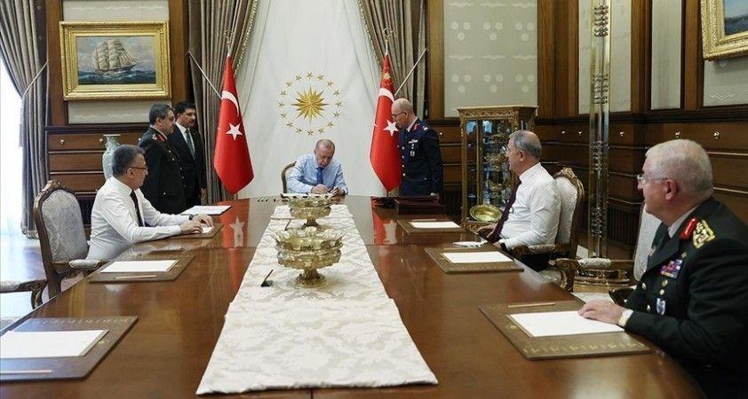 YAŞ kararları açıklandı: 17 general ve amiral bir üst rütbeye, 56 albay ise general ve amiralliğe yükseltildi