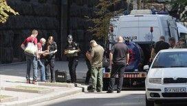 Ukrayna'da el bombasıyla hükümet binasına giren kişi yakalandı