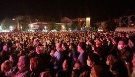 Zafer Bayramı'nda Musa Eroğlu konserinde meydan doldu taştı