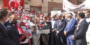 Bakan Yanık'tan, HDP önünde evlat nöbeti tutan ailelere destek