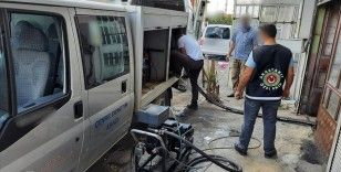 Özel ekip tarafından Konya'da düzenlenen operasyonda 31 bin litre kaçak akaryakıt ele geçirildi