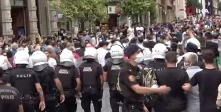 İstiklal Caddesinde eylemcilere polis müdahalesi: 20 gözaltı