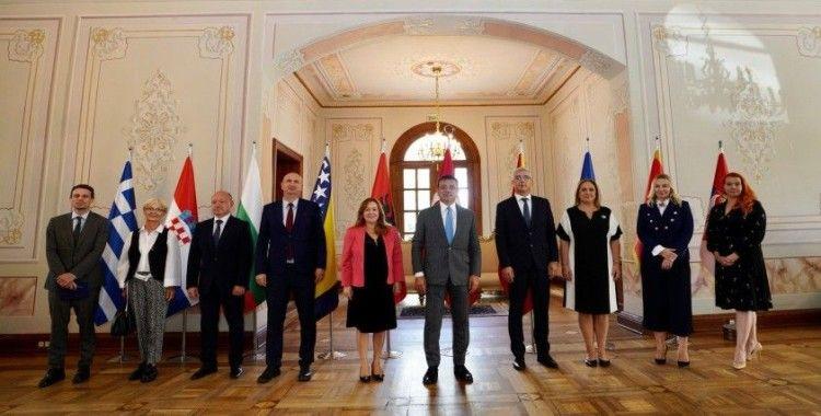Ekrem İmamoğlu, Balkan ülkelerinin başkonsolosluk temsilcileriyle bir araya geldi