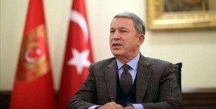 Bakan Akar, NATO Askerî Komite Başkanı Oramiral Bauer'i kabul etti