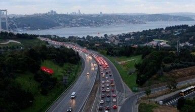 Okullar açıldı, İstanbul trafiğinde yoğunluk başladı