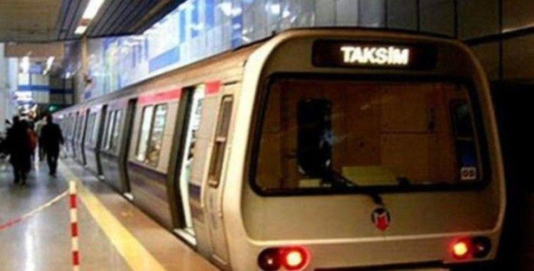 Taksim metro istasyonunda intihar girişimi