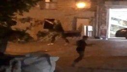 İstanbul'da torbacılar arasında film sahnelerini aratmayan çatışma kamerada