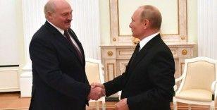 Putin ve Lukaşenko Moskova'da bir araya geldi