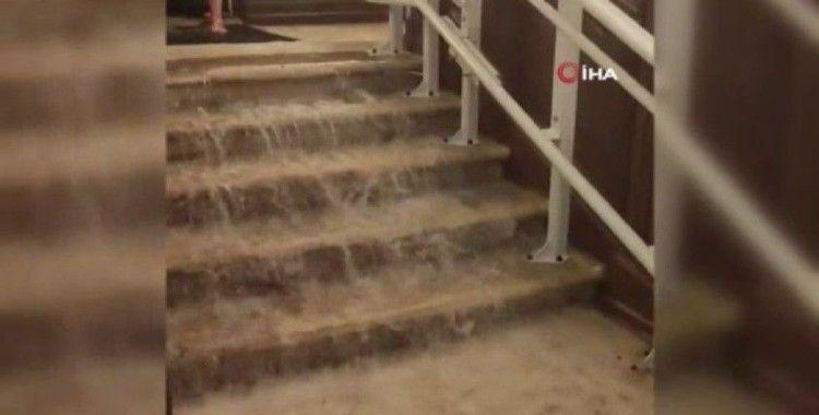 Fransa'nın Agen kentini sel vurdu