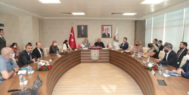 BM Mülteciler Yüksek Komiseri Grandi, Şanlıurfa Büyükşehir Belediyesini ziyaret etti