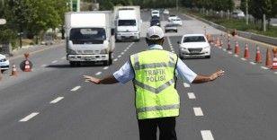 Boğaziçi Triatlonu nedeniyle pazar günü İstanbul'da bazı yollar trafiğe kapatılacak