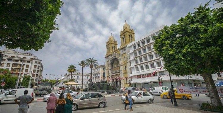 Tunus Cumhurbaşkanı Danışmanı başkanlık sistemine geçilmesinin planlandığını açıkladı