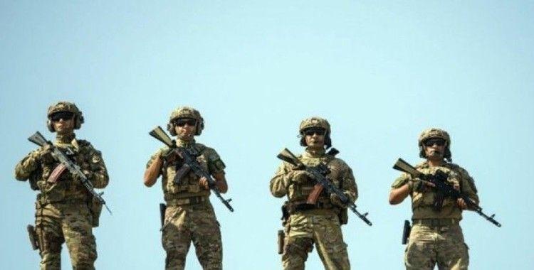 Azerbaycan ve Türkiye'nin ortak askeri tatbikatı Hazar Denizi'nde devam ediyor