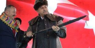 Bakanlar Çavuşoğlu ve Dönmez, Söğüt Ertuğrul Gaziyi Anma ve Yörük Şenlikleri'ne katıldı