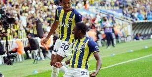 Süper Lig: Fenerbahçe: 1 - DG Sivasspor: 1 (İlk yarı)