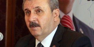 """BBP Genel Başkanı Destici: """"CHP ve İYİ Parti darbe anayasasının değiştirilmesine yanaşmıyor"""""""