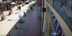 Van'da dükkandan telefon çalan hırsız güvenlik kameralarına yakalandı