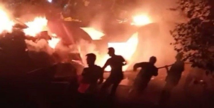 Bingöl'de ahır yangını