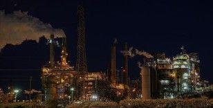 IEA, küresel petrol talebinde gelecek yıl yüzde 3,4 artış öngörüyor