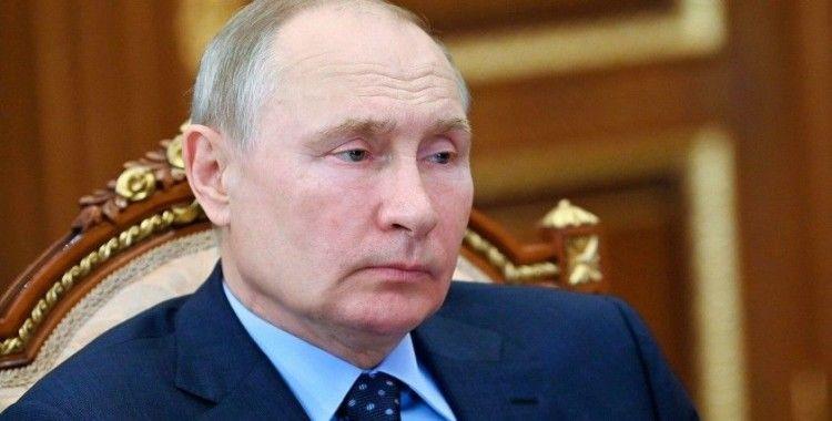 Putin: Rus ordusu birçok yönden benzersiz, tüm dünya bunu biliyor
