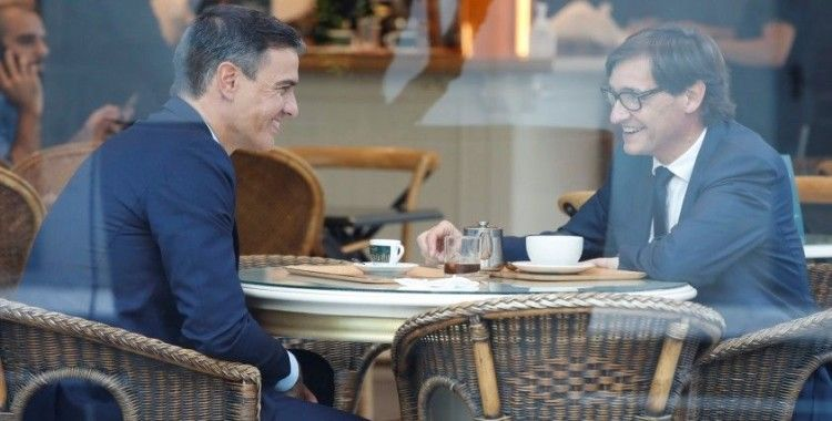 İspanya hükümeti Katalonya'nın bağımsızlık krizini çözmek için müzakerelere başladı