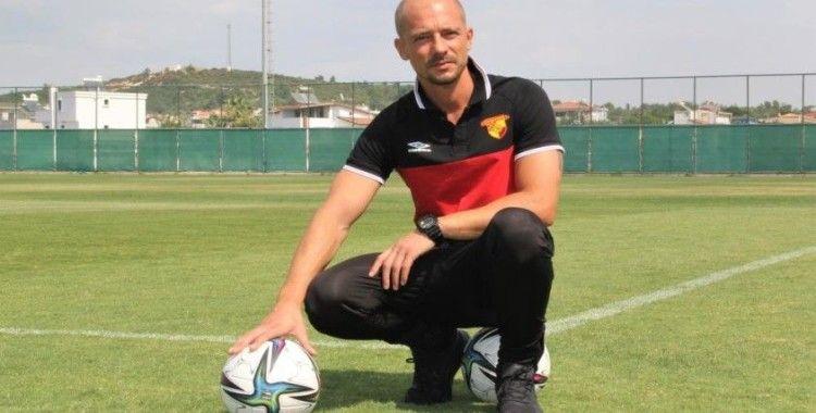 Göztepe Teknik Direktörü Maestro: 'Altay maçına çok değer veriyoruz'