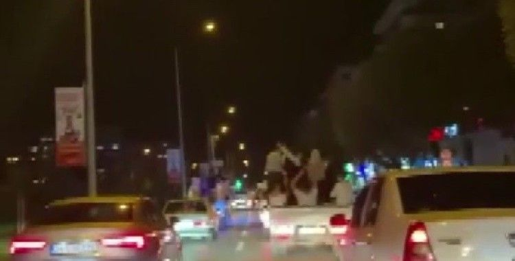 Bursa'da asker ve düğün konvoyunda caddeleri birbirine kattılar