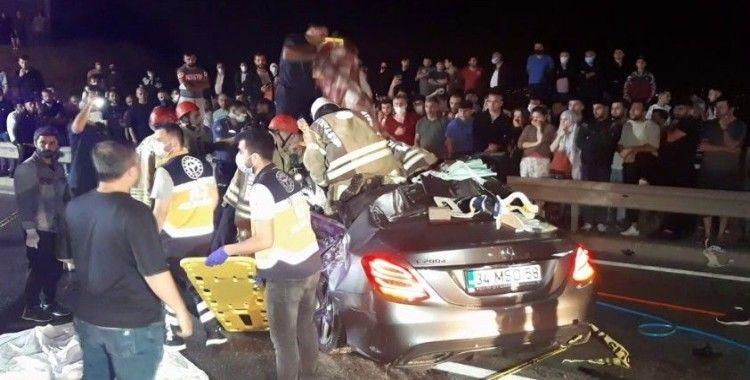 Beykoz'da feci kaza: 2 ölü, 4 yaralı